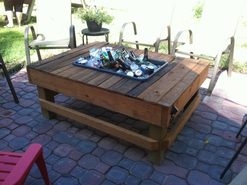 Tables with built in cooler planter the owner builder Picnic table with cooler plans