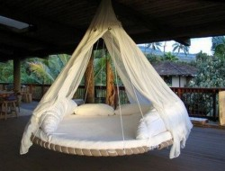Trampoline Swing Bed - treehugger