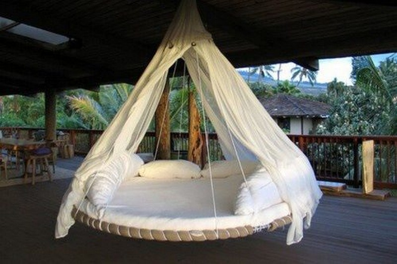 Tr&oline Swing Bed - treehugger & Swing Bed Made From Recycled Trampoline | DIY Trampoline Bed