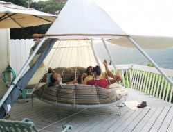 Round Hanging Hammock Bed with Sunshade - The floatingbed