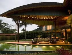 Leaf house Brazil
