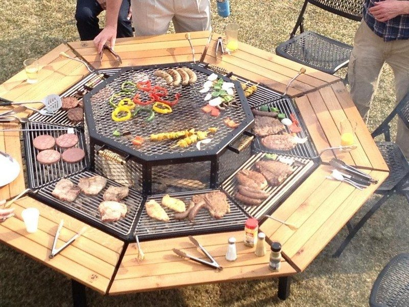 JAG Grill for 8 People