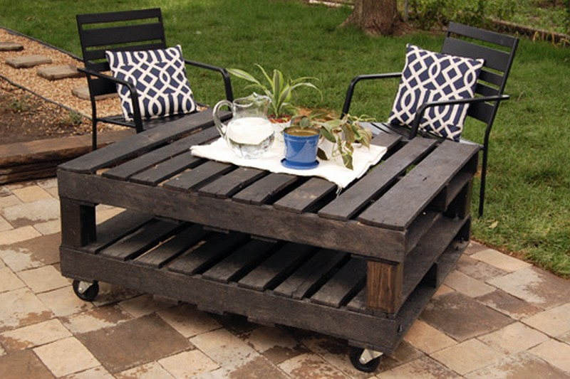 Outdoor Pallet Table Diy Joy Ever After