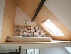 Sleeping Loft by Vanden Eackhoudt Freyf Architecture