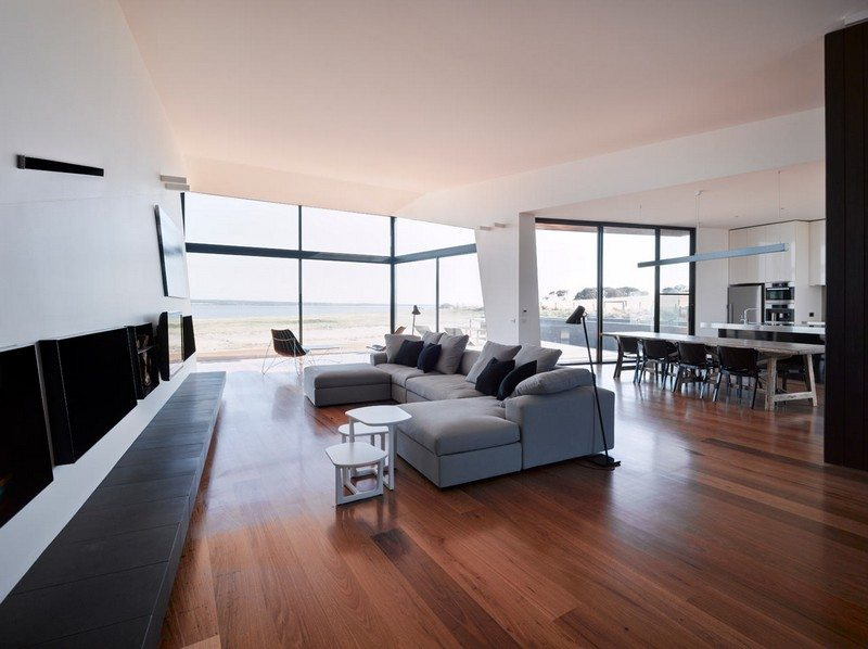 Beached House by BKK Architects - Living Area