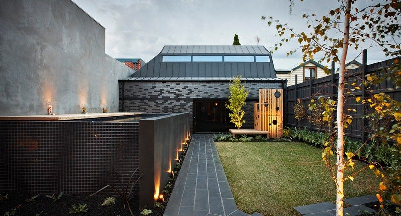 Enclave House by BKK Architects