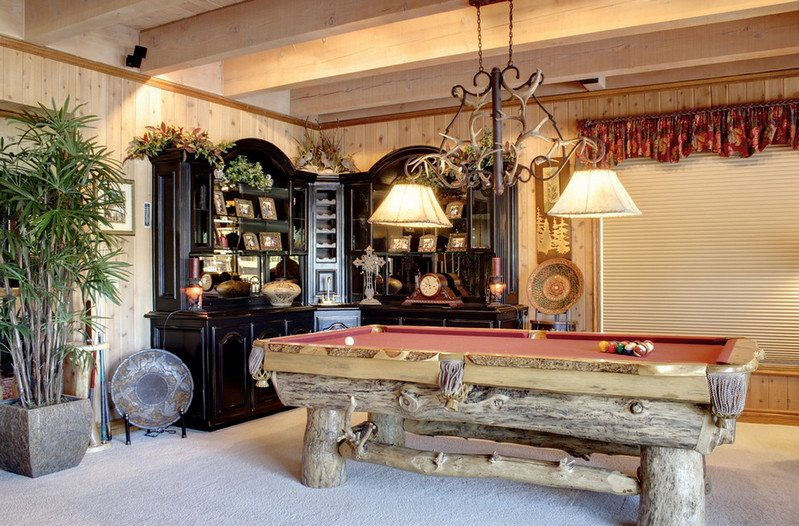 And I really want this log pool table but I don't know who made it :(