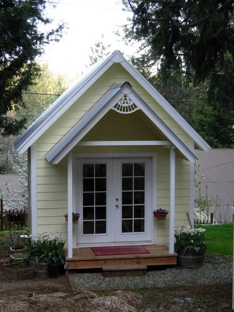 Amazing she sheds a woman 39 s answer to the man cave the for Cottage sheds