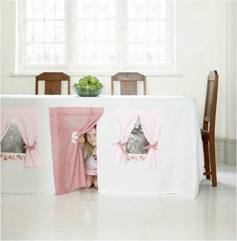 DIY: Tablecloth Play Tent