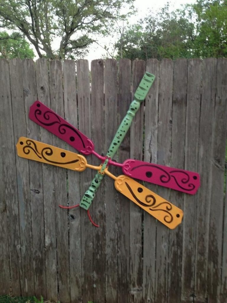 Upcycle ceiling fan blades into giant dragonflies | The ...