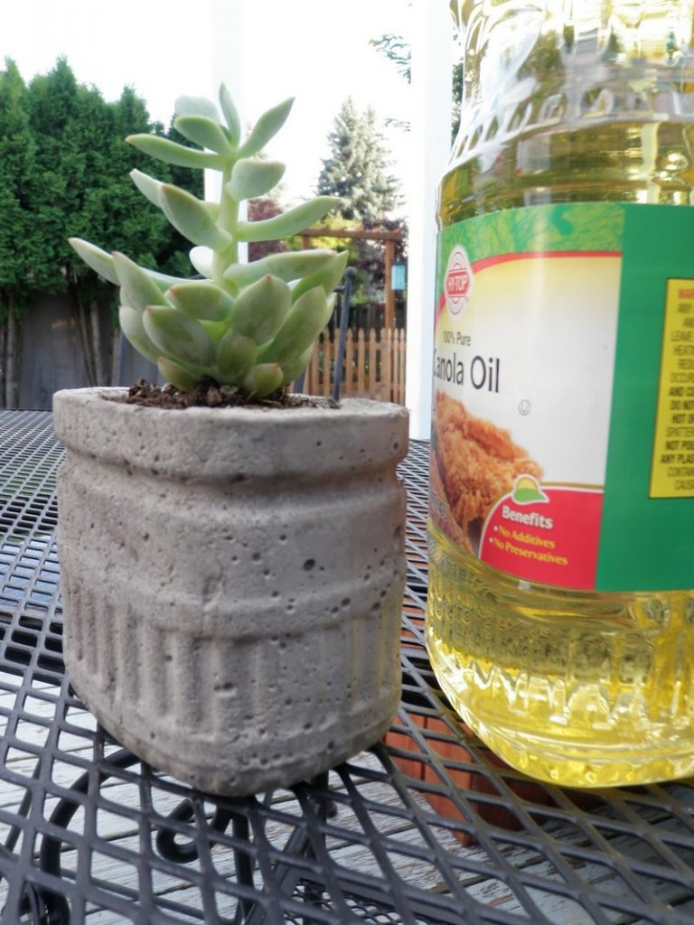Cement Container Planters : How to make your own concrete planter the owner builder