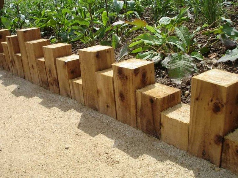 Eleven Interesting Garden Bed Edging Ideas The Owner
