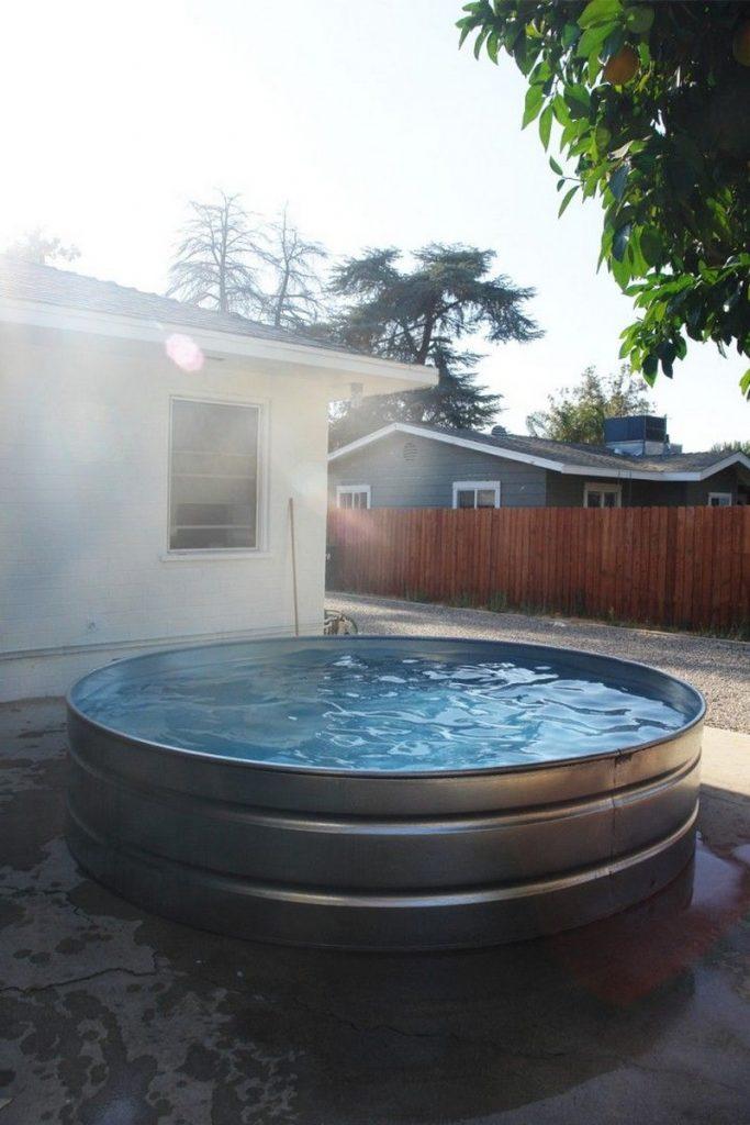 Outdoor Hot Tubs