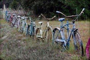 Nine ingenious recycled fence ideas