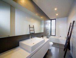 Mod House by PreBuilt - bathroom