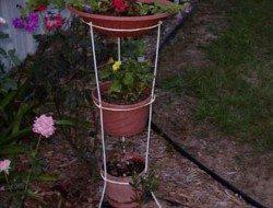 Tomato Cage Bird Bath