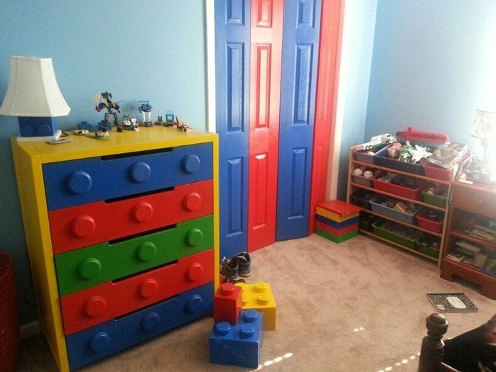 Lego themed bedroom ideas the owner builder network for Muebles lego