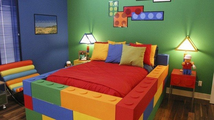 Lego themed bedroom ideas the owner builder network for Mobilia bedroom