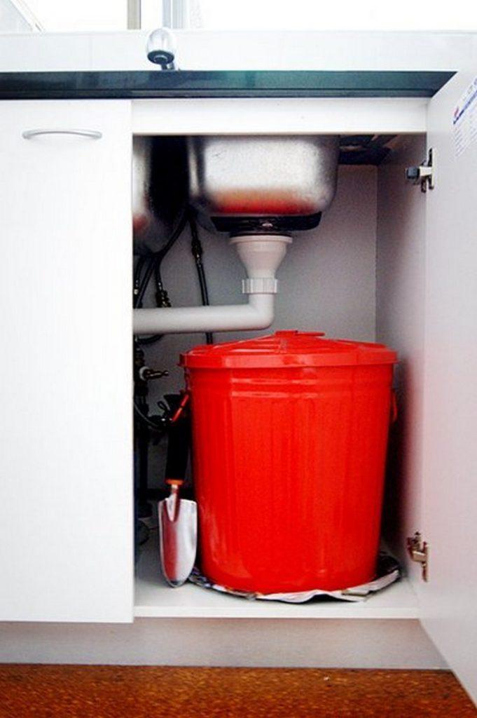 diy compost bin ideas the owner builder network. Black Bedroom Furniture Sets. Home Design Ideas