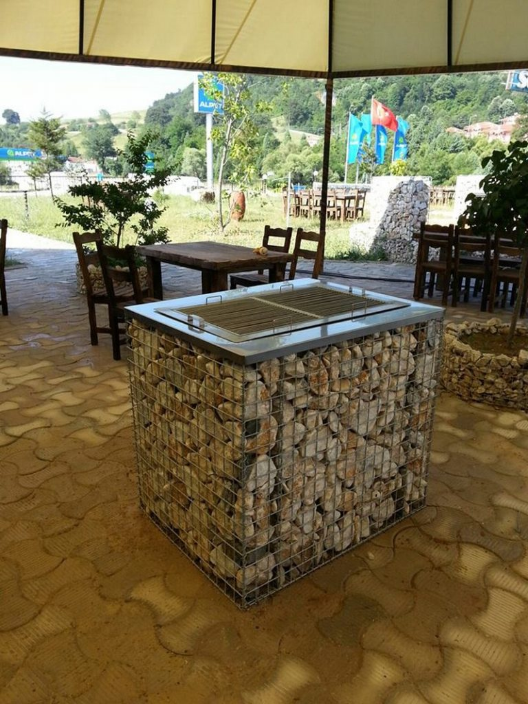 Practical ways to use gabions how to make a practical ways for Barbecue de jardin