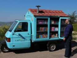 Antonio La Cava Mobile Library