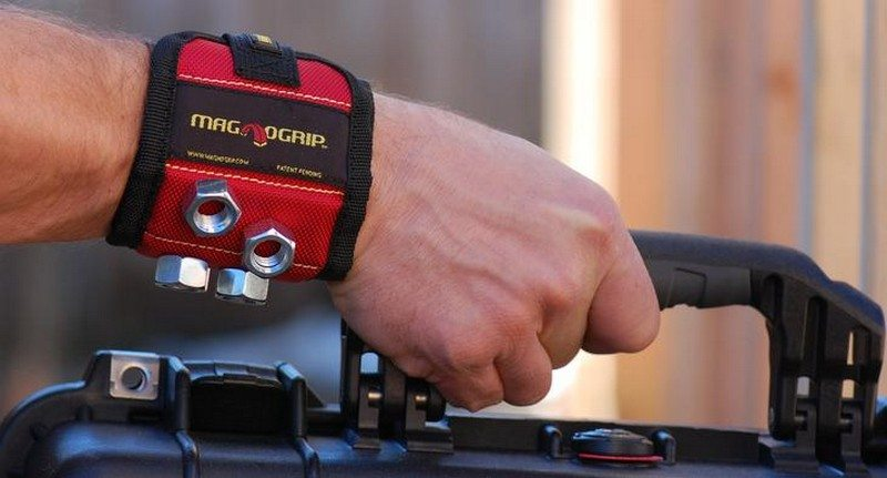 MagnoGrip Magnetic WristbandMagnoGrip Magnetic Wristband