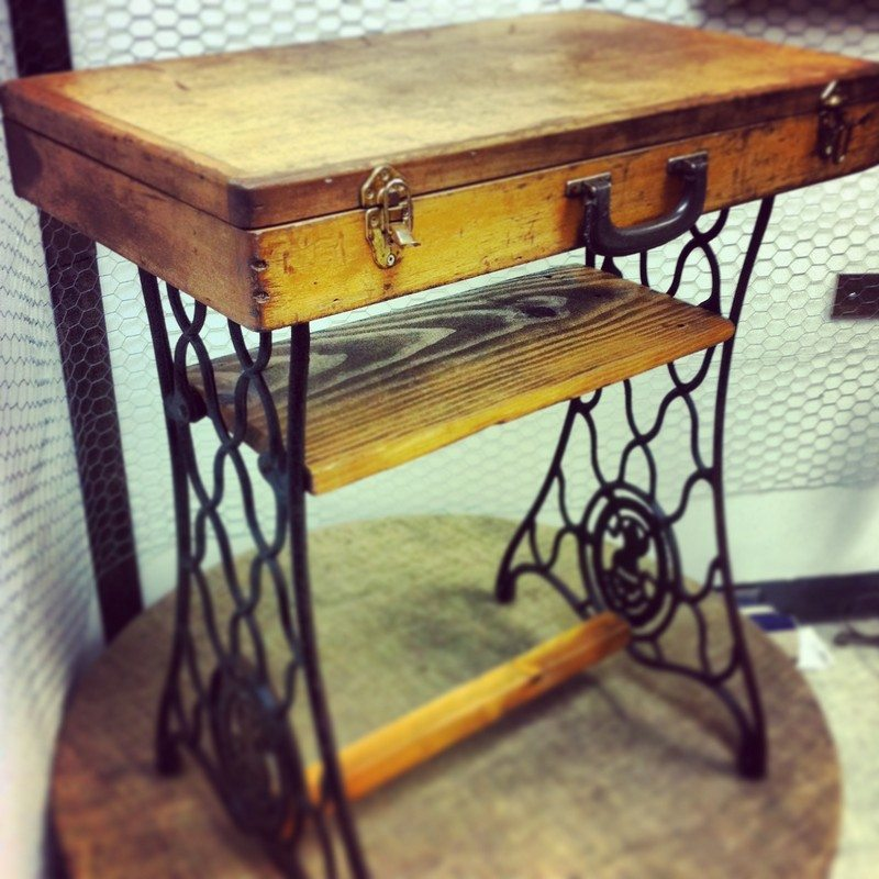 Creative ways to reuse your old sewing machine upcycled recycled - Four ways to repurpose an old sewing machine ...