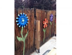 Fence Decoration Ideas