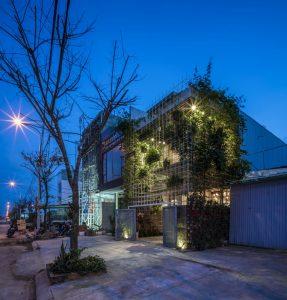 Phong House