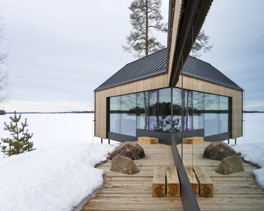 House Y provides stunning views of the lake and its surroundings.