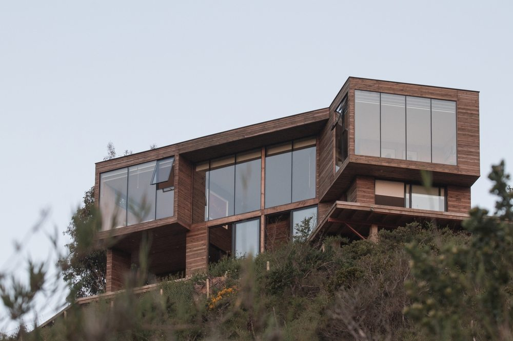Perched on high ground, Tunquen House has stunning views of the mountains, skies, and the seas.