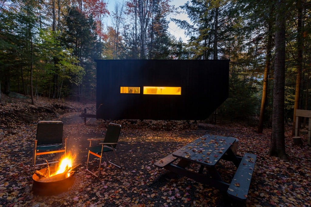 "Getaway Cabin No. 3 – ""The Clara"""