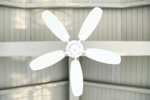 How to Choose the Right Size Ceiling Fan for Your Room