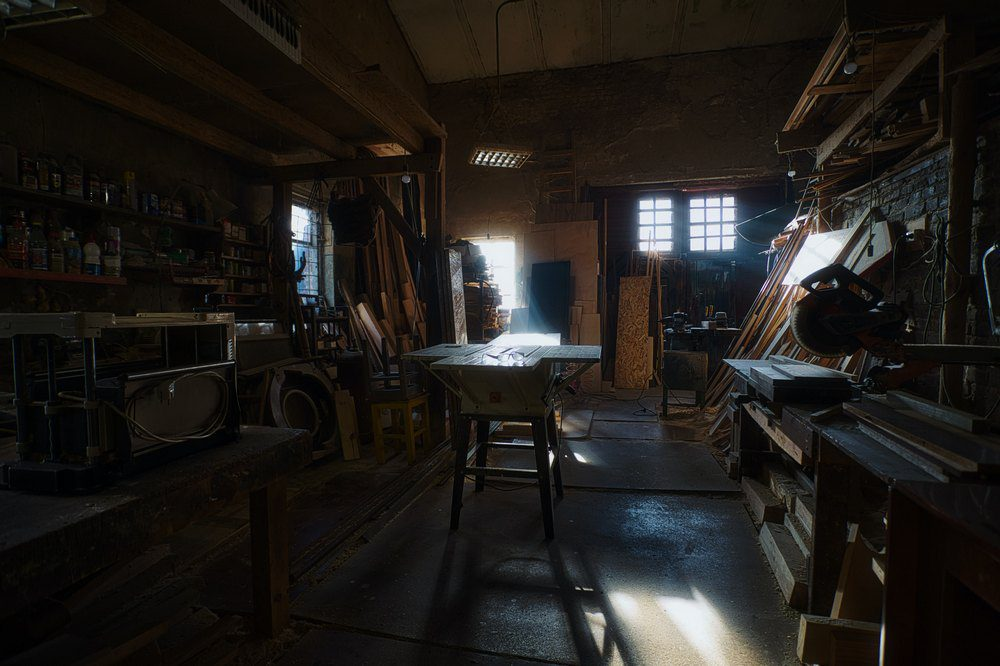 How to turn your home garage into a DIY workshop